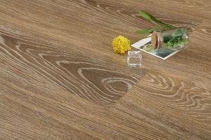 Synchronized Oak Laminated Flooring 1 pictures & photos