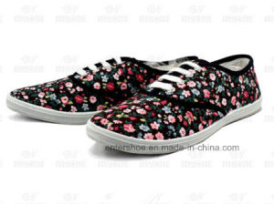 Women′s Injection Floral Canvas Shoes (ET-MY170421W) pictures & photos