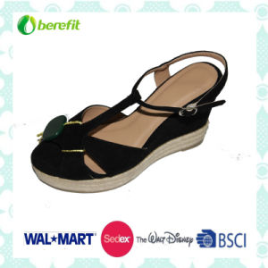 Black PU Upper and Wedge Sole, Women′s Sandals pictures & photos