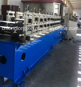 Adjustable Light Steel Roll Forming Machine for Auto Cutting and Punching pictures & photos