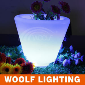 Color Plastic Flower Pot/ Color Changing LED Flower Pot pictures & photos