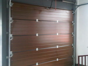 Automatic Sectional Garage Door, Galvanized Steel Sheet, PU Foam Injection pictures & photos
