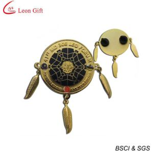 Enamel Logo Gold Metal Lapel Pins (LM1757) pictures & photos