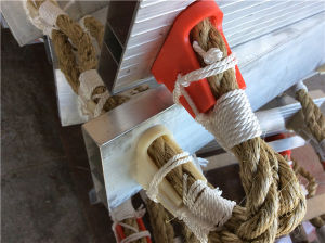 Marine Willow Step Pilot′s Rope Ladder/Wooden Rope Ladder pictures & photos