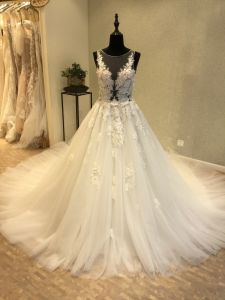 Hot Sale 3D Flower Beading Bridal Wedding Dress pictures & photos