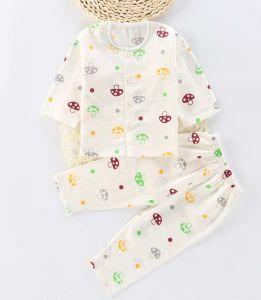 2017 Wholesale Fashion Kids Pajamas Baby Children Wear pictures & photos