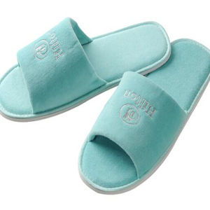 Wholesale Disposable Hotel Slippers for SPA Slipper (DPF10328) pictures & photos