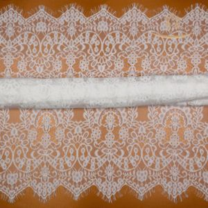 New Style Chemical French Fancy Embroidery Lace Fabric pictures & photos
