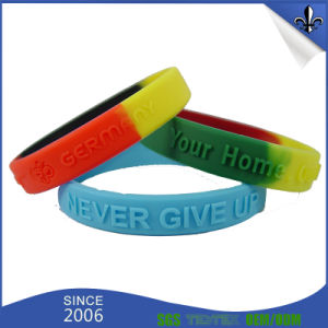 210*25*2mm Fashion Style Custom Promotion Giveaway Silicone Bracelet pictures & photos