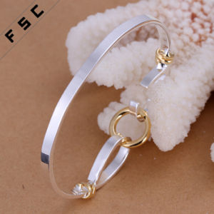 Top Selling High Design Silver Plated Female Round Bracelet pictures & photos
