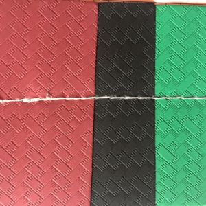 Synthetic Woven Design PU Leather for Shoes Sandal Heels pictures & photos