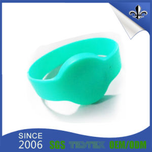 Professional Custom High Quality Silicone RFID Barcelets for Events pictures & photos