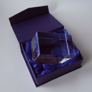 Factory Sell Blank Solid Glass Cube for Engraving pictures & photos