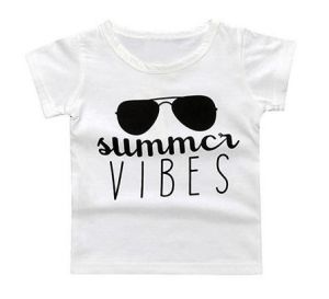 Kid′s Boy Clothing pictures & photos