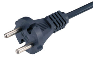 European Power Supply Cord (LA016A) pictures & photos