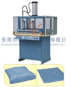 Pneumatic Vacuum Capper Machine pictures & photos
