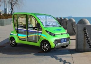 Green 4 Seater Household Electric Car pictures & photos
