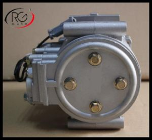 Auto AC Compressor for Mitsubishi Rosa. pictures & photos