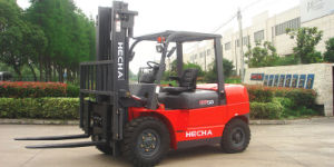 Mini 5 Ton Diesel Forklift Truck Container Mast pictures & photos