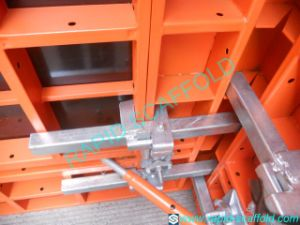 Painted Suppoer Steel Wood Formwork with Clamps pictures & photos