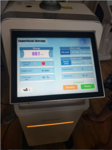 2017 Popular FDA Approval CO2 Fractional Laser Machine for Scars Stretch Marks Removal for Sale pictures & photos