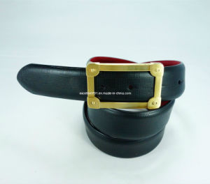 Fashion Men′s Leather Belt with Auto Buckle (EU3938-35) pictures & photos