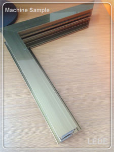 Aluminum Window Machine Window and Door Single Mitre Free Angle Cutting Saw pictures & photos