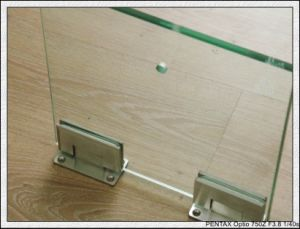 Tempered Glass with Holes/Polished Edges pictures & photos