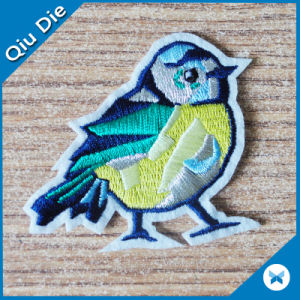 No Minimum Iron-on Bird Embroidered Patches for Clothing Accessories pictures & photos