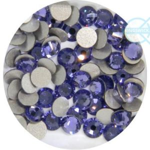 High Quality 2.0mm Tanzanite Rhinestone Flat Back Crystal Dark Lilac pictures & photos