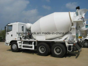 Sinotruk Golden Prince Brand 6-16m3 Concrete Mixer Truck pictures & photos