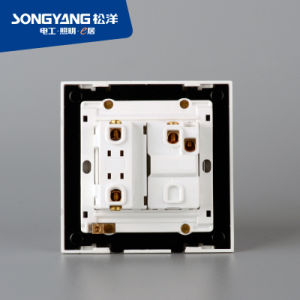 PC White Series 1gang&1socket Wall Socket pictures & photos