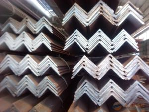 Hot-Dipped Angle Iron pictures & photos