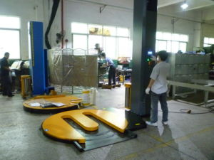 2015 Pre-Stretch Pallet Wrapping Machine pictures & photos