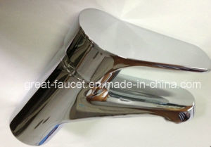 Hot Selling Bathroom Basin Faucet (GL5601A56) pictures & photos