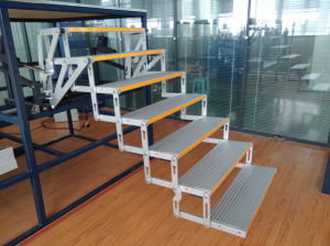 Aluminum Electric Seven Folding Steps pictures & photos