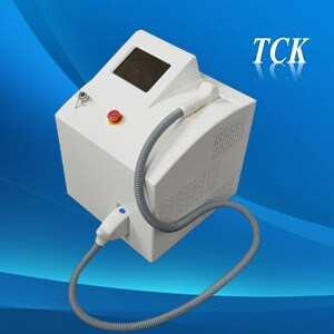 Portable Hair Removal 808nm Diode Laser Beauty Machine