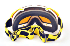 Wholesale Customized No Myopia Helmet Compatible Skiing Sports Goggles pictures & photos
