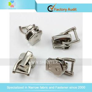Nylon Zipper Slider pictures & photos