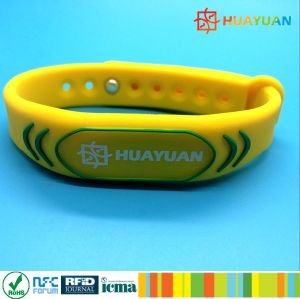 HUAYUAN MIFARE Classic 1K Silicone RFID Wristband for Waterpark pictures & photos