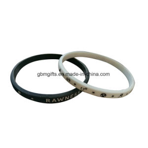 Custom Embossed Printing Logo Silicone Bracelet/Rubber Bracelet/Silicone Wristbands pictures & photos