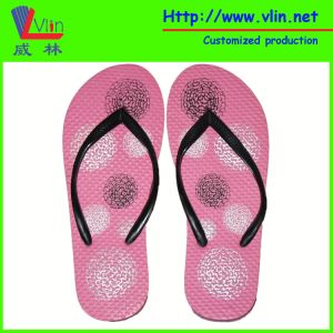 Low Cost Narrow PVC Strap Flip Flop with Rubber/PE Sole pictures & photos