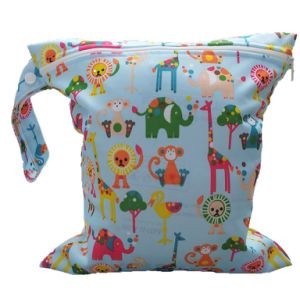 Promotional Baby Infant Waterproof Zipper Reusable Cloth Diaper Bag pictures & photos