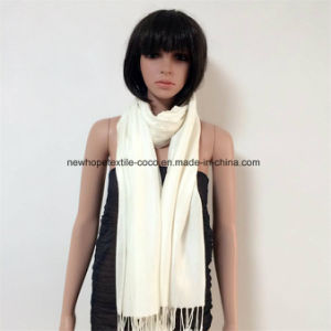 100% Polyester Pashmina Fashion Scarf with Solid Col, 2 Sides Tassels pictures & photos