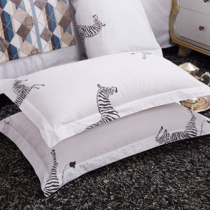 OEM Very Cheap 330t Bed Comforter Set pictures & photos
