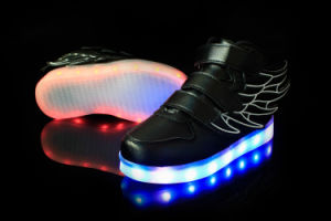 Hip-Hop Soft Light Weight Leisure Sports Breathable LED Shoes Kids with Multi Sizes pictures & photos