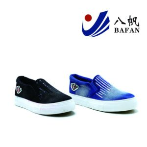 2017 Fashion Washed Demin Upper Canvas Shoes Bf1701536 pictures & photos