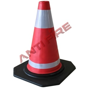 Black Base PVC Reflect Light Road Cones, Xhl16005 pictures & photos