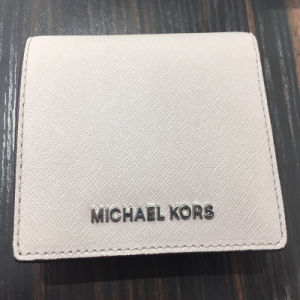 2017 Wholesale Cheap Leather Wallets (23790) pictures & photos