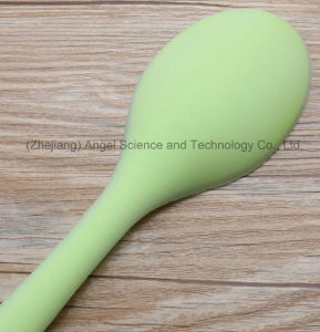 Hot Sale Food Grade Kitchenware Silicone Soup Spoon Sk34 pictures & photos